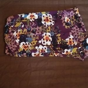 TC Lularoe Leggings Purple floral